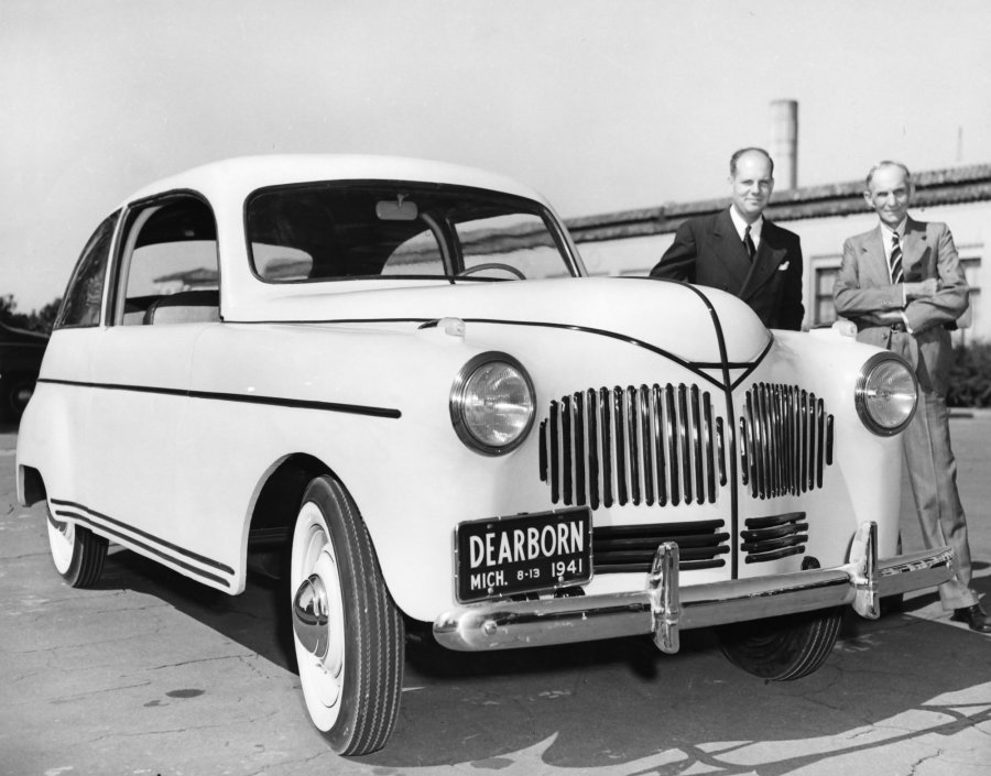 Henry Ford Invented Hemp Cars That Ran On Hemp Fuel.