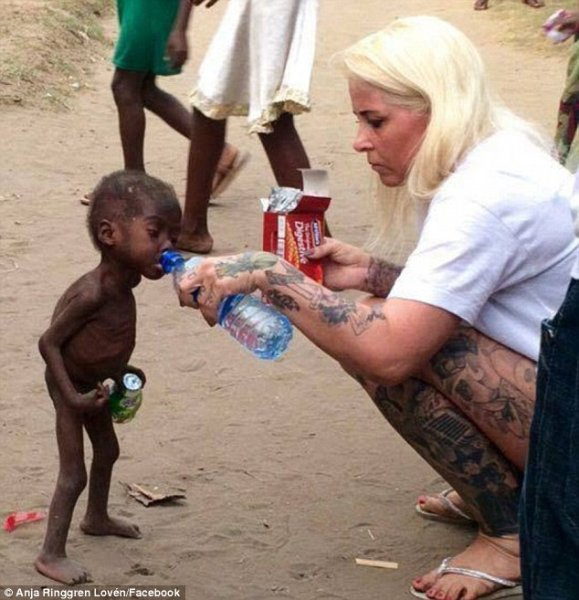 32B67C3A00000578 3517808 Heartbreaking Nigerian boy now named Hope pictured was emaciated a 3 1459448367521