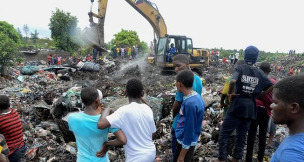 645x344 at least 17 killed in mozambique capital as pile of garbage collapses 1519057209431