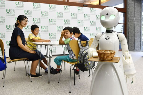 disabled people robot dawn ver beta cafe orby lab japan 1 5c0e7281198b2 700