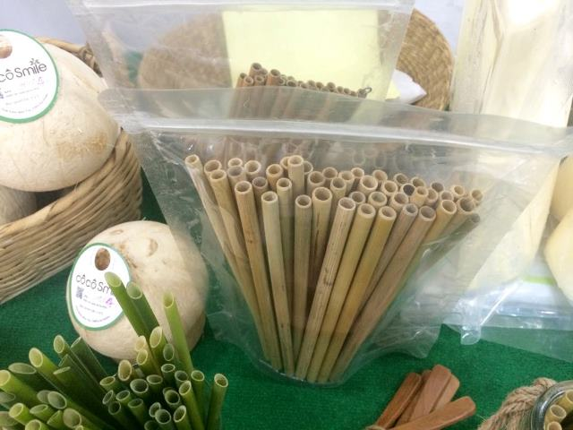 Vietnamese Company Makes Straws Out Of Grass Instead Of Plastic