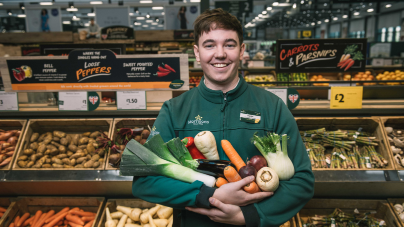 This British Supermarket Chain Is Introducing Plastic-Free Fruit and Veg Areas Mor