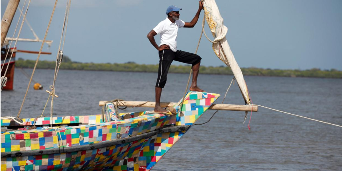 Kenyan Islander Builds Boat Out Of Flip Flops And 10 Tons Of Plastic Gtrtjtekr
