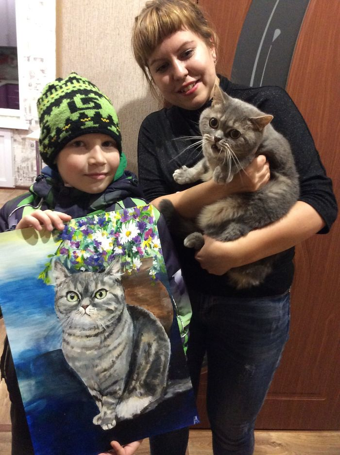 9 year old Russian boy trades his art for abandoned dog food and medicine 5da960b3cba99 700