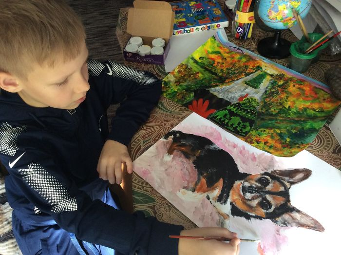 9 year old Russian boy trades his art for abandoned dog food and medicine 5da99f7f759a0 700