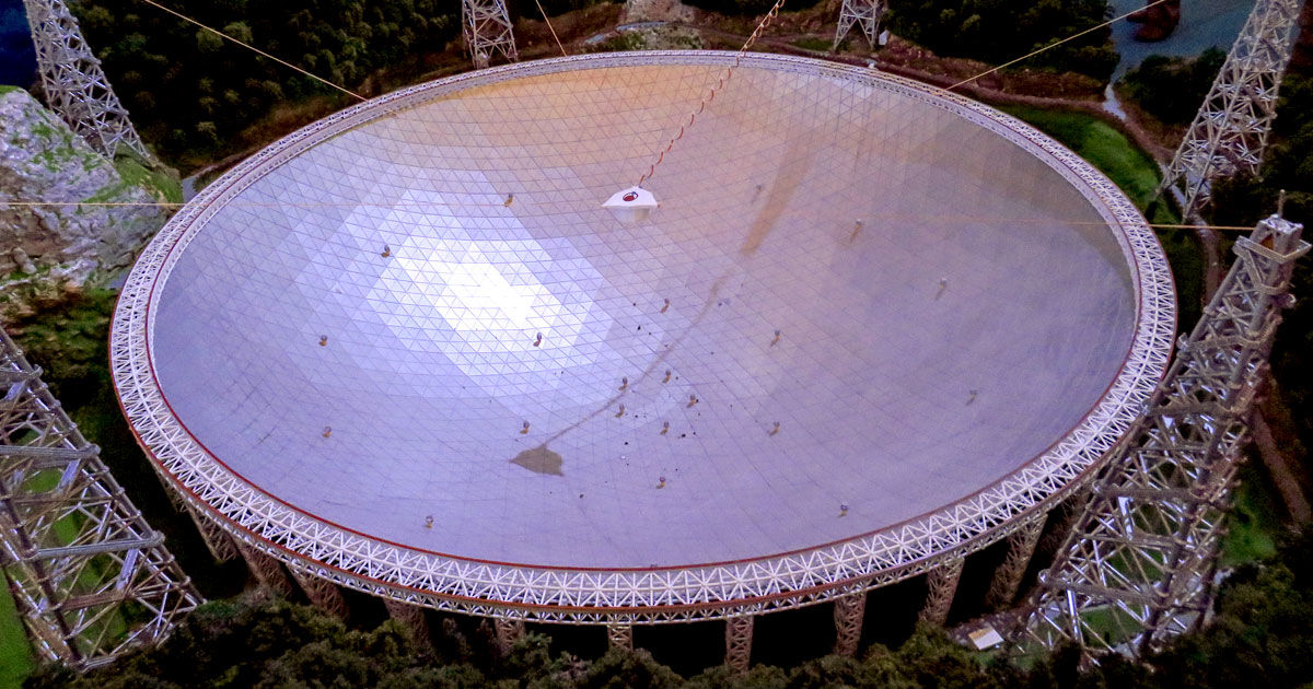 china opens up ginormous alien hunting telescope
