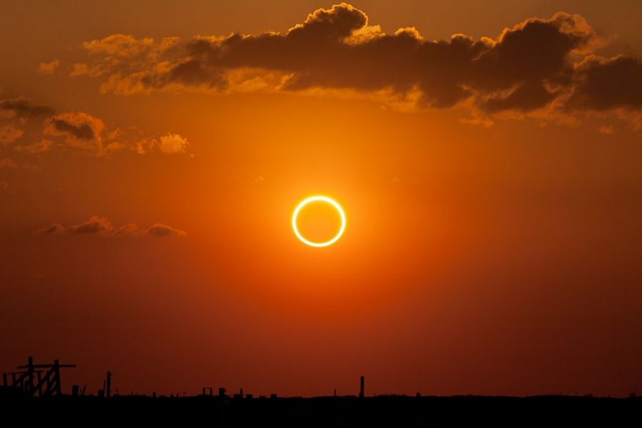 1024px Annular eclipse ring of fire